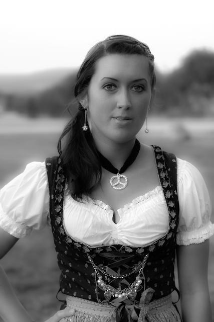 Dirndl Shooting Josi 0793-4